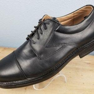 Franco Fortini Men's Leather Cap Toe Dress Shoe